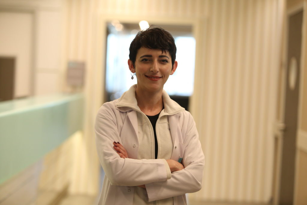 NPİSTANBUL Beyin Hastanesi Dahiliye Uzmanı Güzin Oğuz