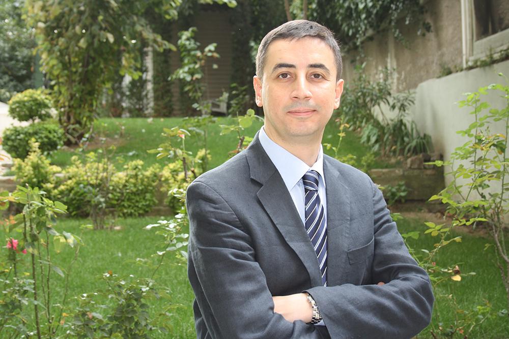 Türkiye Alzheimer Derneği Başkanı Prof. Dr. Haşmet Hanağası