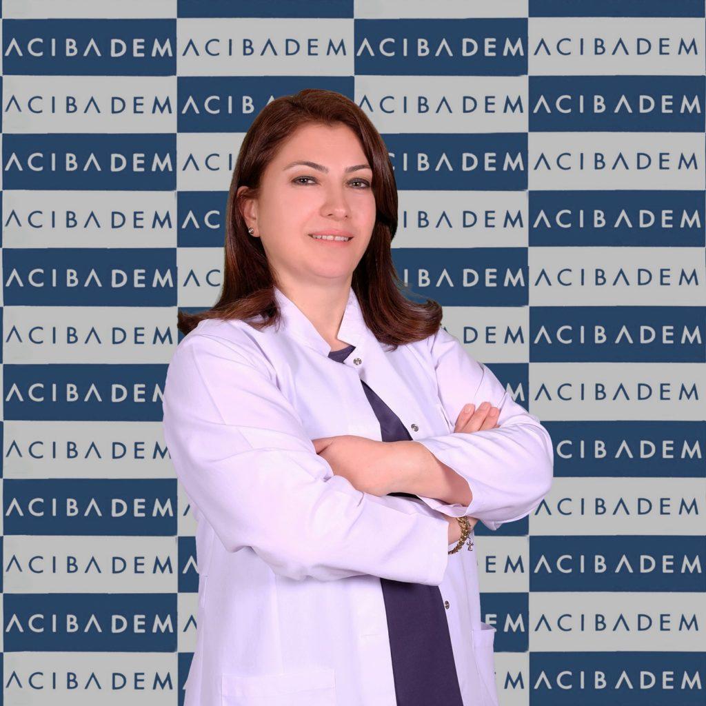 Acıbadem Altunizade Hastanesi Göğüs Hastalıkları Uzmanı Doç. Dr. Hacer Kuzu Okur