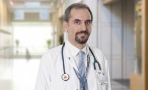 Anadolu Sağlık Merkezi İç Hastalıkları ve Nefroloji Uzmanı Doç. Dr. Enes Murat Atasoyu