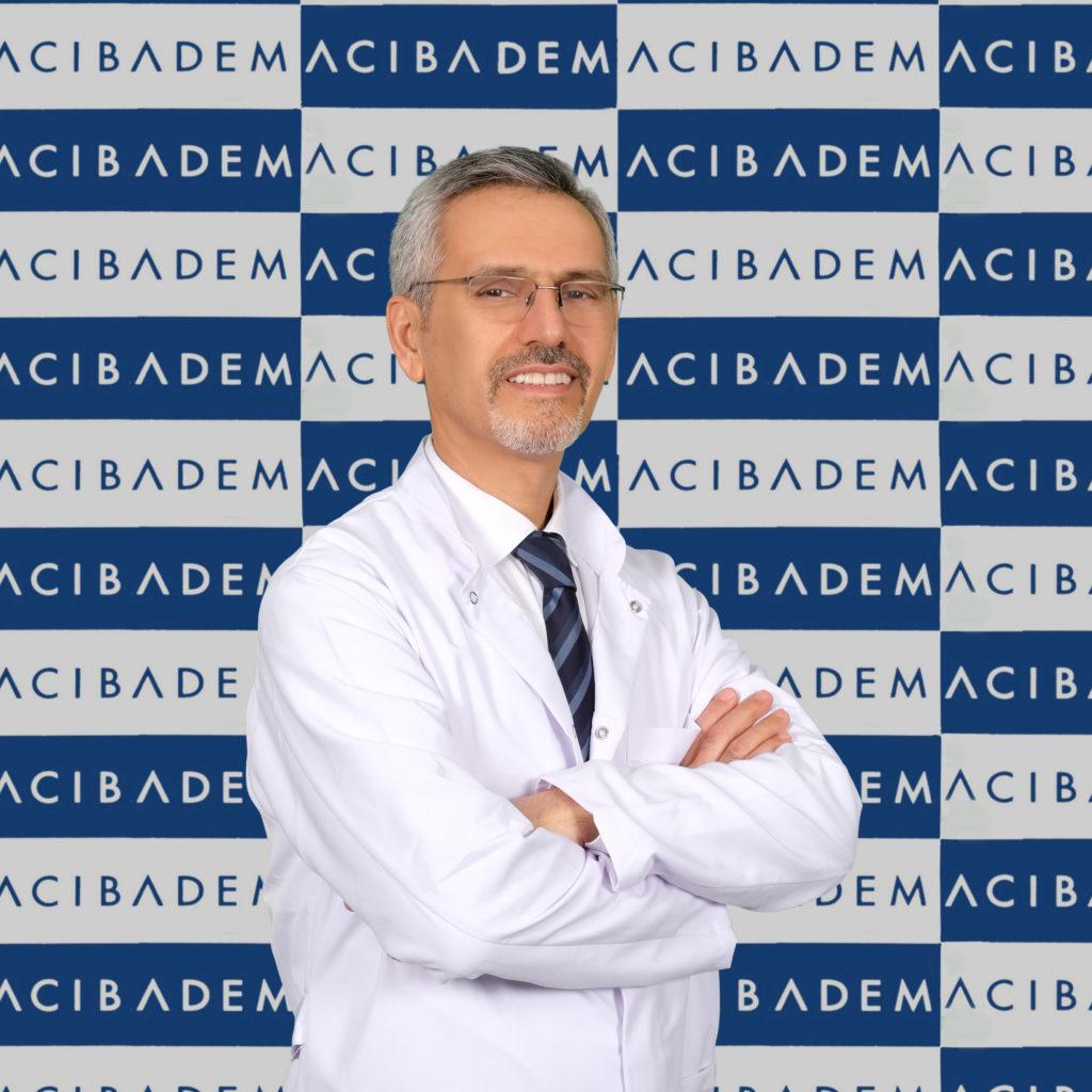 Acıbadem Fulya Hastanesi Deri ve Zührevi Hastalıklar Uzmanı Prof. Dr. Sedat Akdeniz