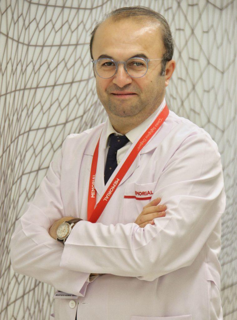 Memorial Ataşehir Hastanesi Göz Hastalıkları Bölümü'nden Prof. Dr. Mustafa Kemal Arıcı