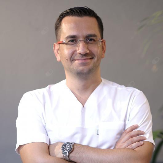 Op. Dr. İsmail Küçük