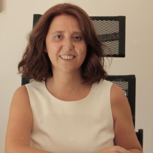 Op. Dr. Esin Kayaoğlu Üstünova