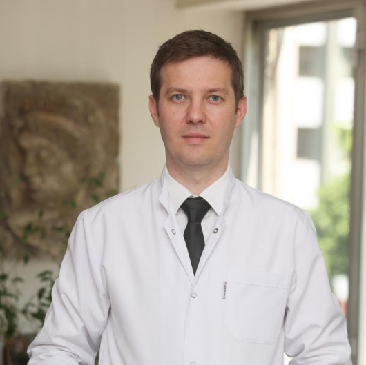 Op. Dr. Türker Üstün