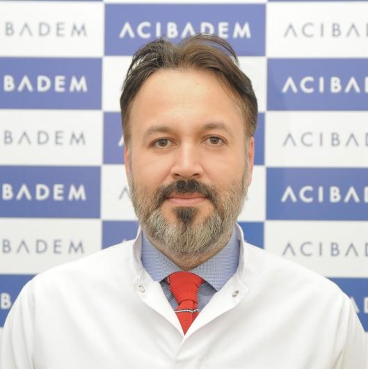 Acıbadem Kayseri Hastanesi Ortopedi doktorlarından Yrd.Doç.Dr.Fatih Karaaslan